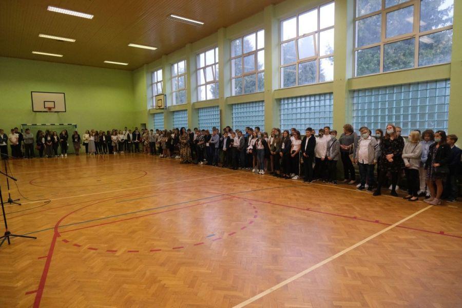 http://szkola.ealeksandrow.pl/files/pl/DSCF6217.JPG?noc=1599236388