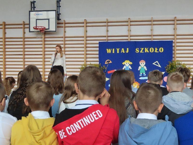http://szkola.ealeksandrow.pl/files/pl/IMG-1733-1.JPG?noc=1630589481